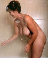 Frauen über 45 nackt