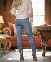 Blondes Jeans Candid Babe