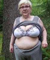 Nackt wald bilder im oma FKK im