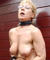 Gepiercte Brüste