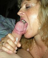 Hausfrau Schluckt Sperma