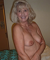 Omas Nackt