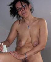 Brüste nackt hänge Sex Alte