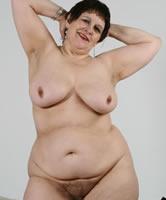 Oma nackt haarige Nackt oma