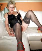 Reife Frauen in jeans Stockfoto #112262212