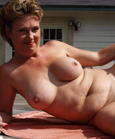 Nackt ab 45 frauen Alte Muschis